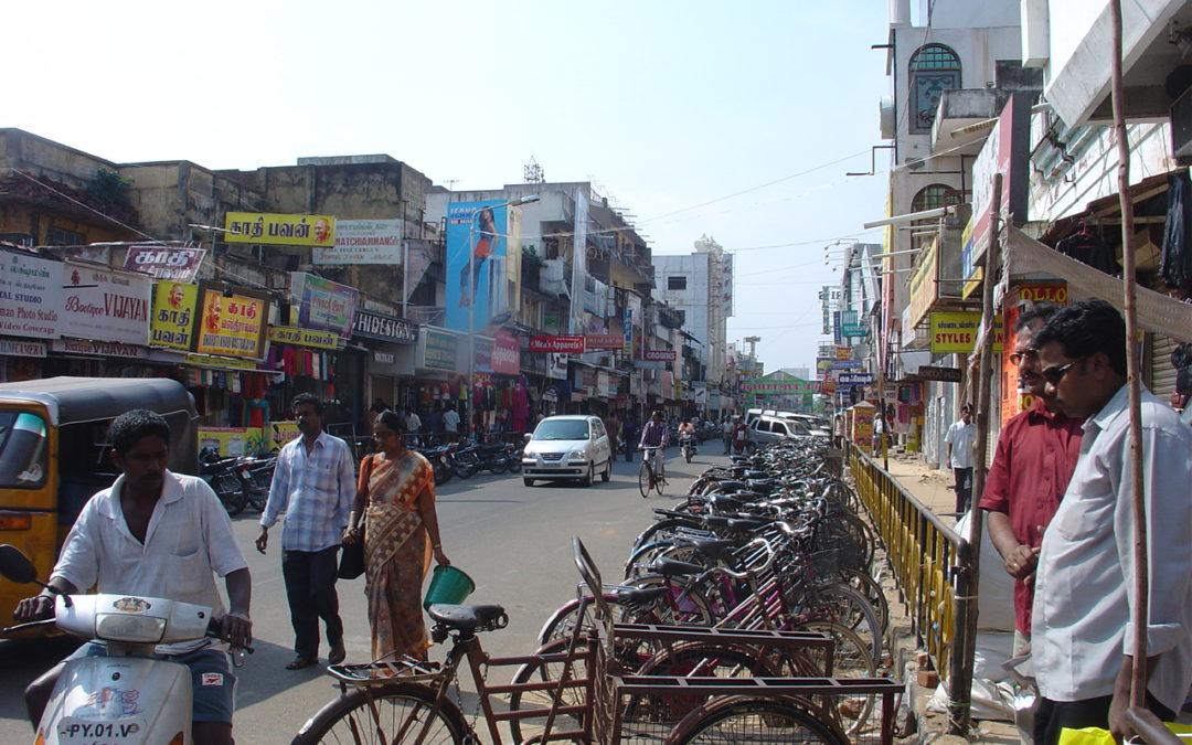 von Auroville nach Pondicherry Stadt, (Indien)